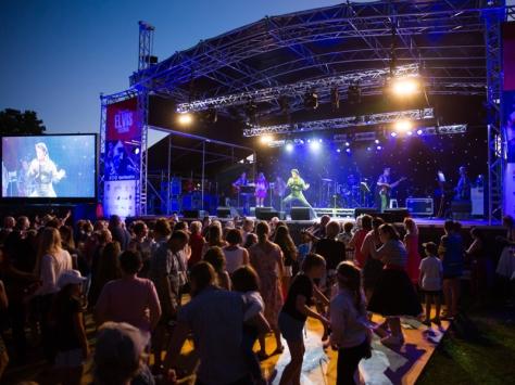 Parkes Elvis Festival.002
