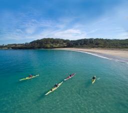 Kayaking Jervis Bay
