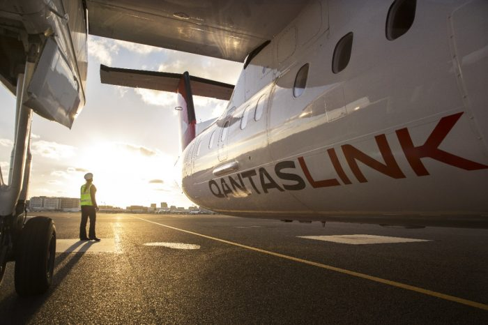 Qantas_170926_8731-1280x1280-700x466.jpeg
