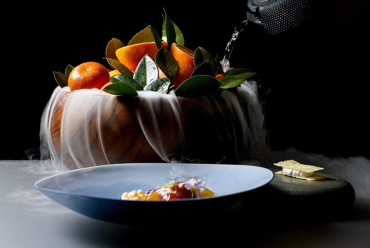 Table Haute Cuisine Alinea alinea – chicago, usa – the next rush